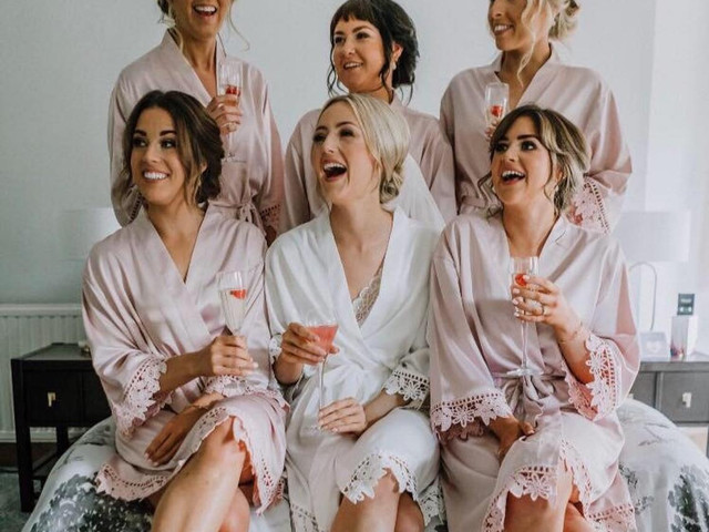 The Best Bride & Bridesmaid Dressing Gowns & Pyjamas for Your Wedding Morning