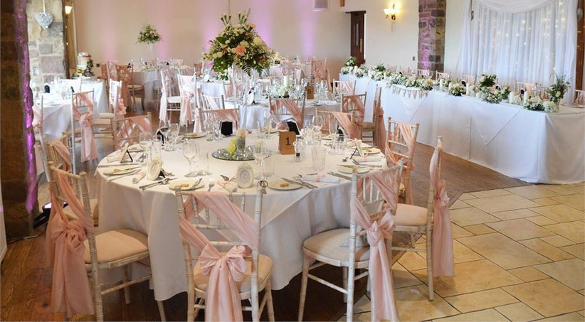 diagonal-pink-chair-sashes
