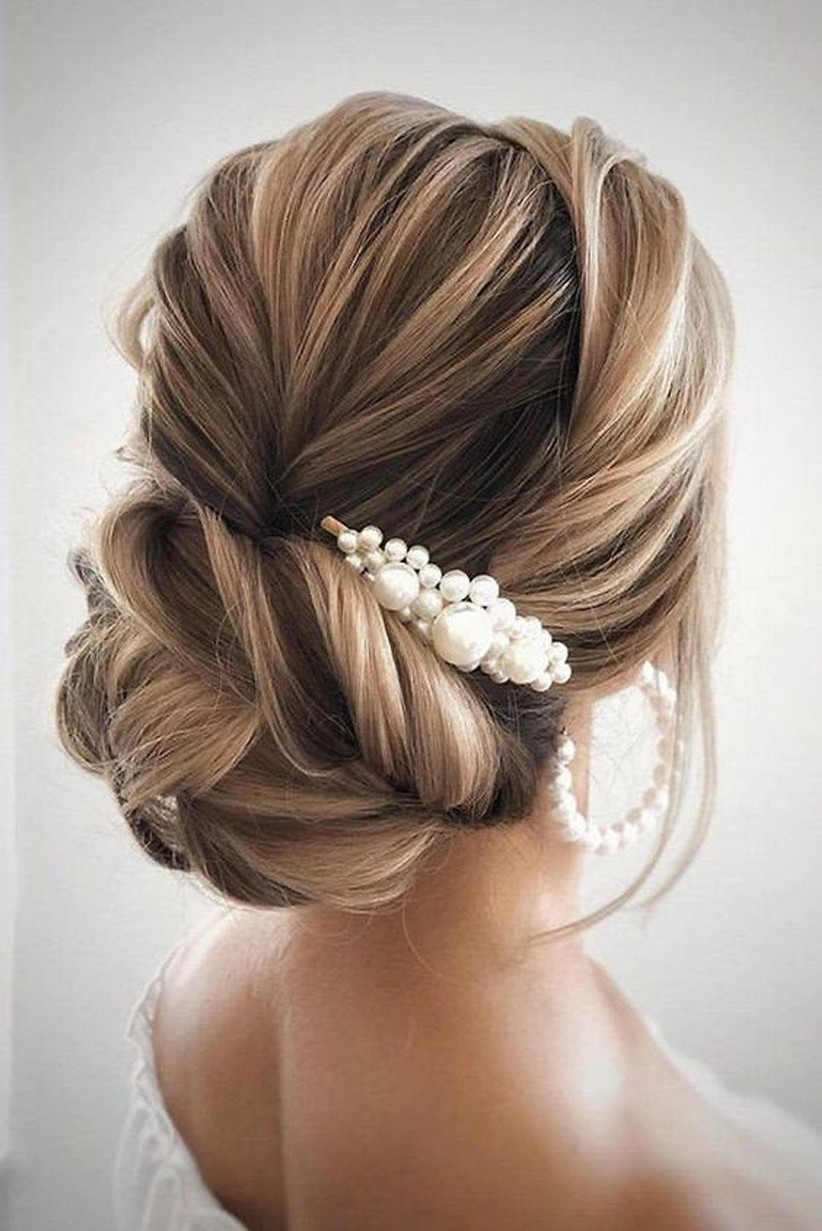 Best wedding hairstyles for long hair 6