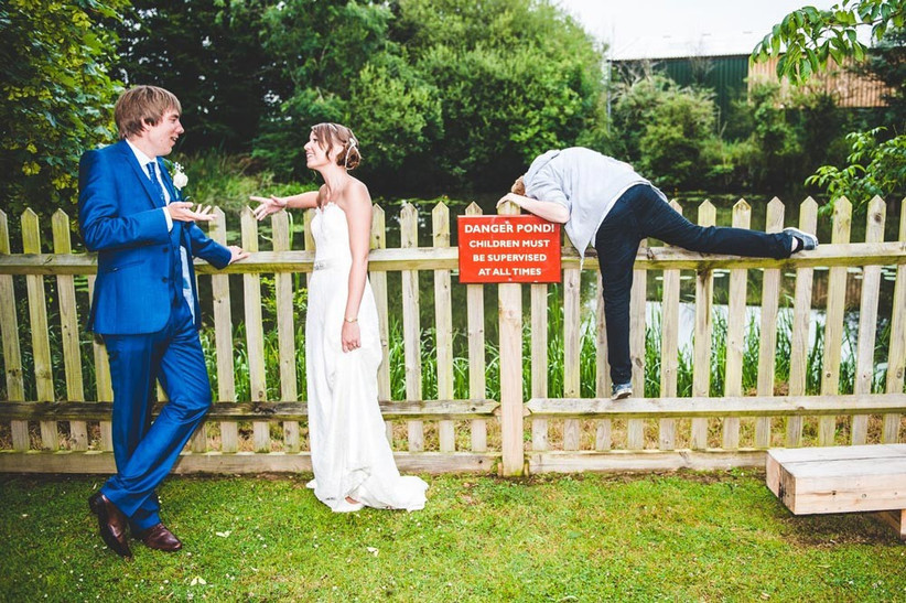 unsupervised-child-at-a-wedding-2