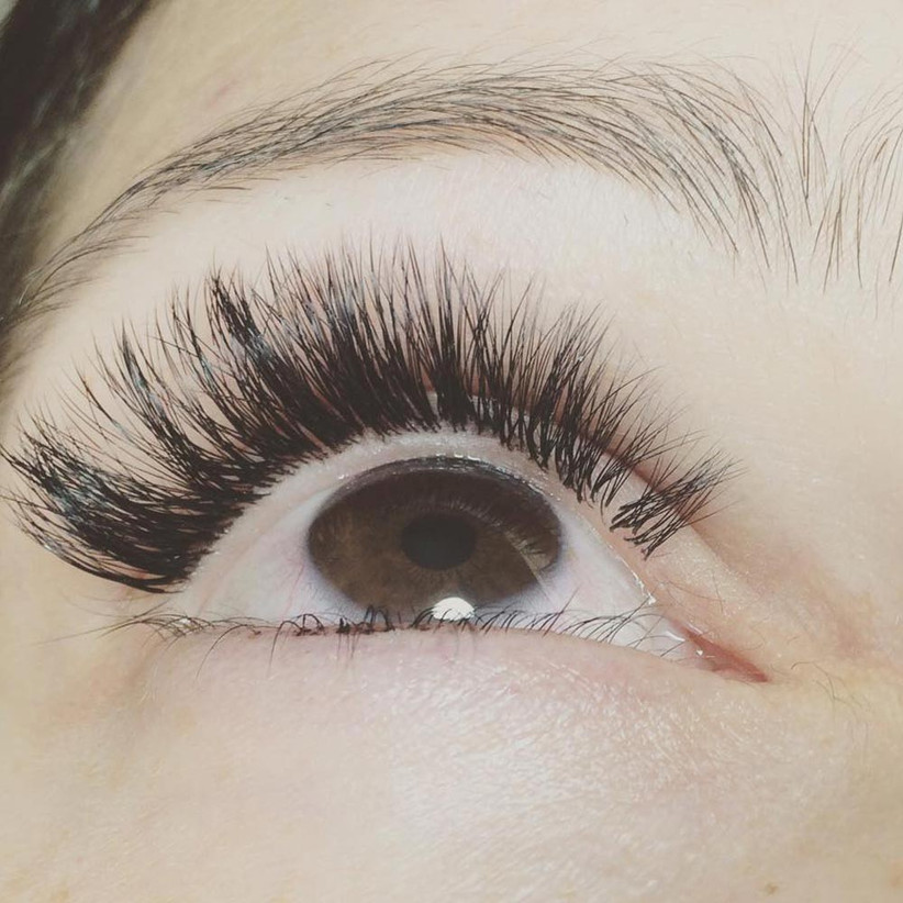 russian-volume-eyelash-extensions-2