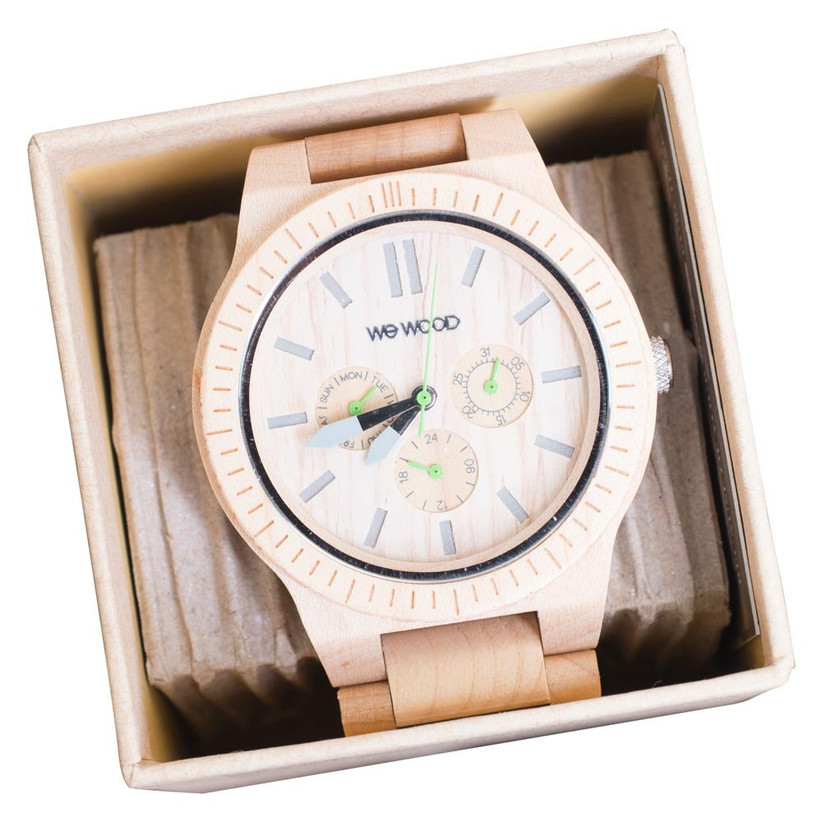 watch-made-from-wood-for-a-fifth-anniversary-gift