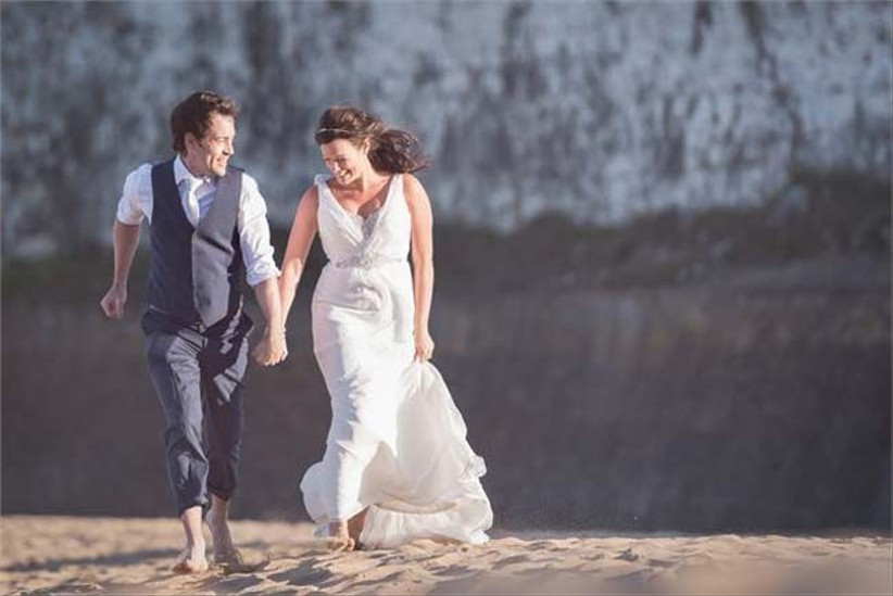 walk-hand-in-hand-on-the-beach-we-love-this-shot-by-richard-perry-photography
