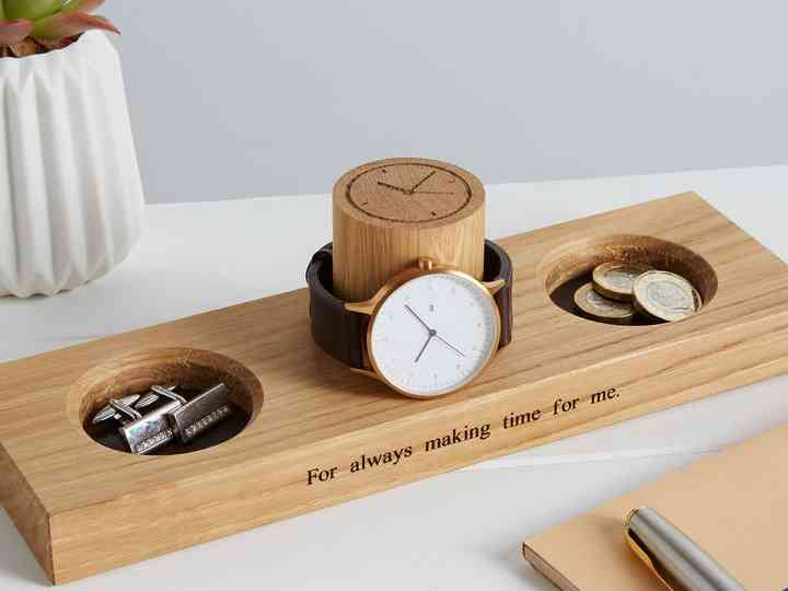 15th Wedding Anniversary Gift Guide Traditional And Modern Present Ideas Hitched Co Uk
