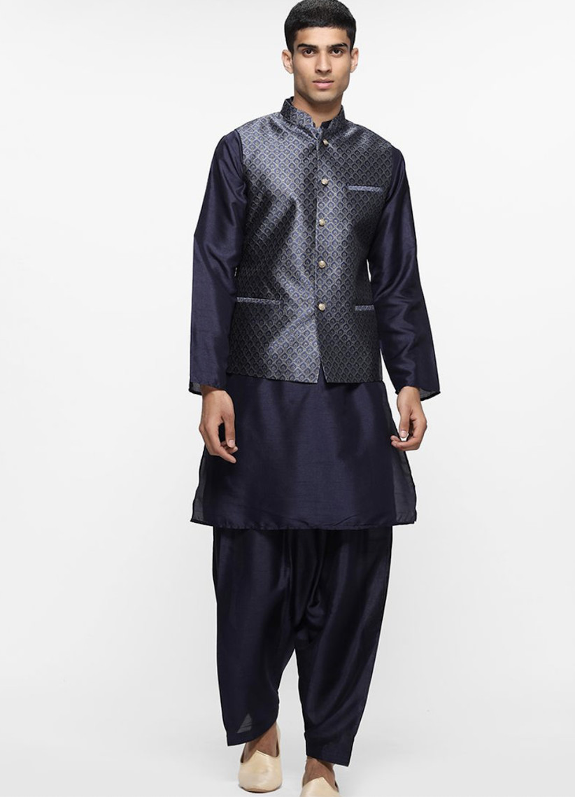 Indian wedding guest outfit 23