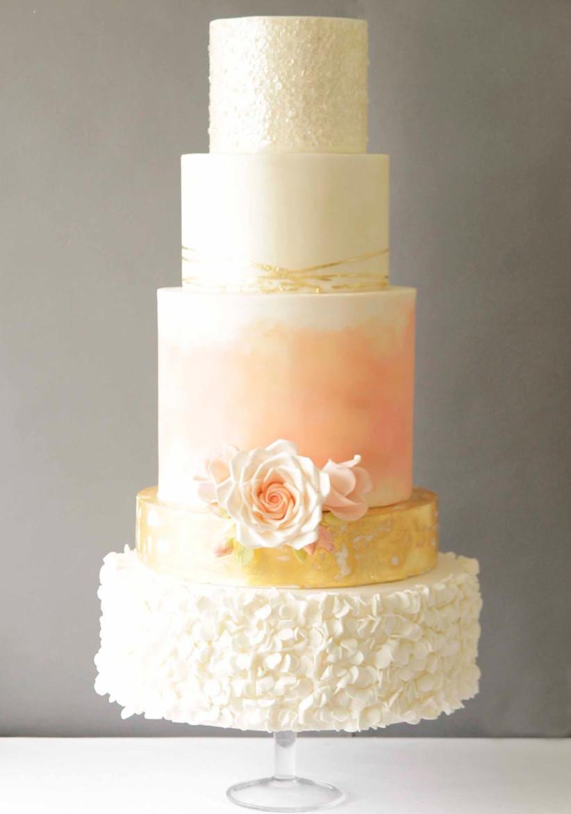 peach-and-gold-wedding-cake