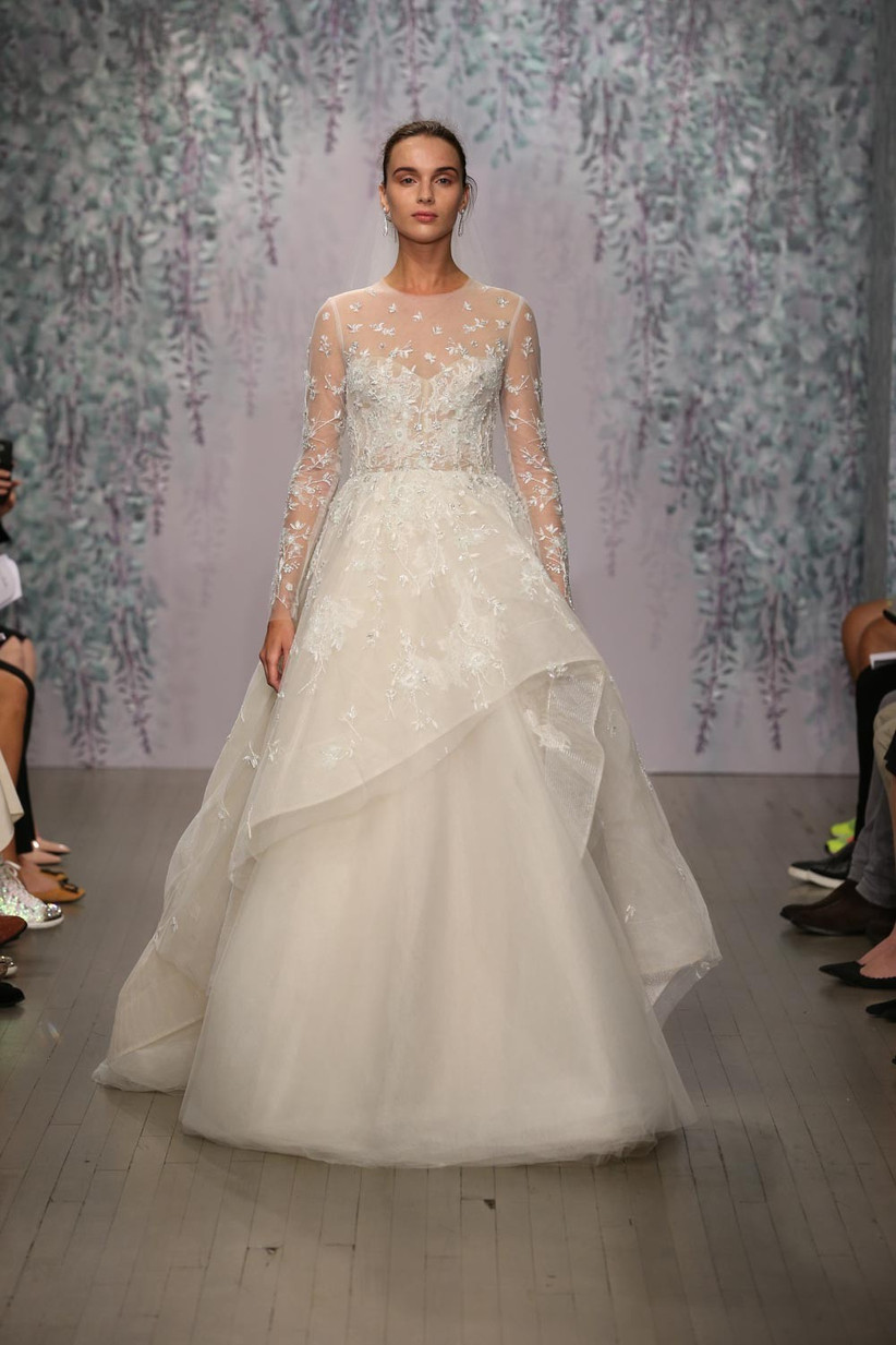 long-sleeved-traditional-style-wedding-dress
