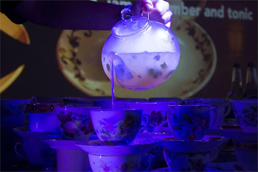 auntie-elsies-extraordinary-bar-and-kitchen-tea-pot-cocktails