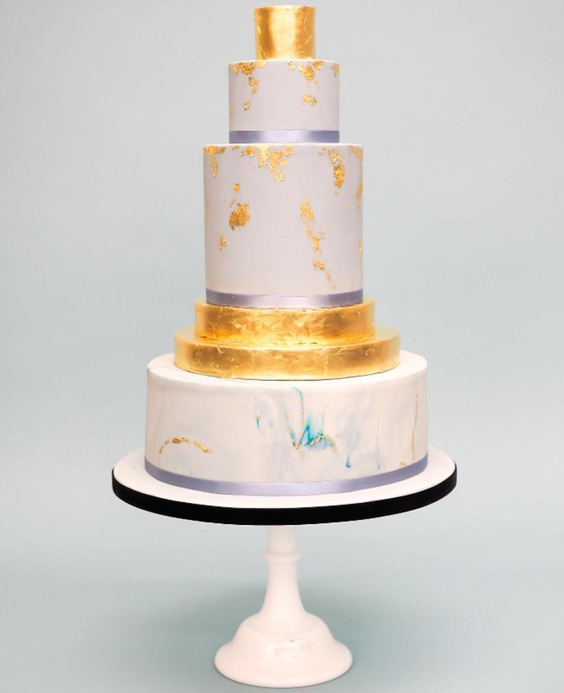 metallic-wedding-cake-2