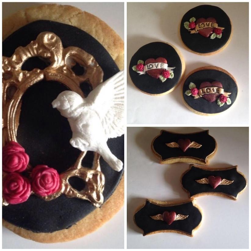 alternative-wedding-cookie-favours