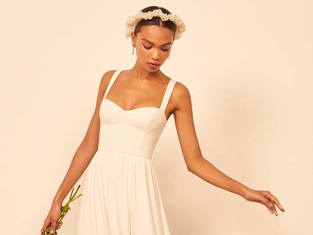 21 of the Best Casual Wedding Dresses for Laid-back Brides