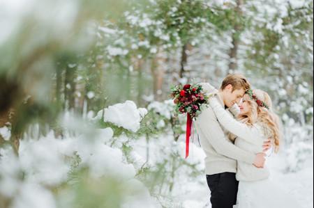 Wedding SOS: How Do I Juggle Christmas and Wedding Planning?
