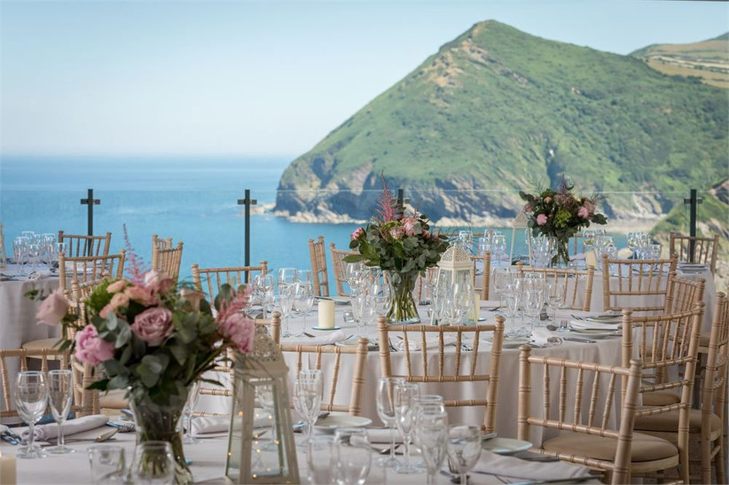 outdoor-wedding-venues-22