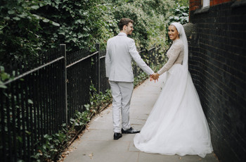 A Laidback, Contemporary Wedding at Islington Town Hall with an Ersa Atelier Gown