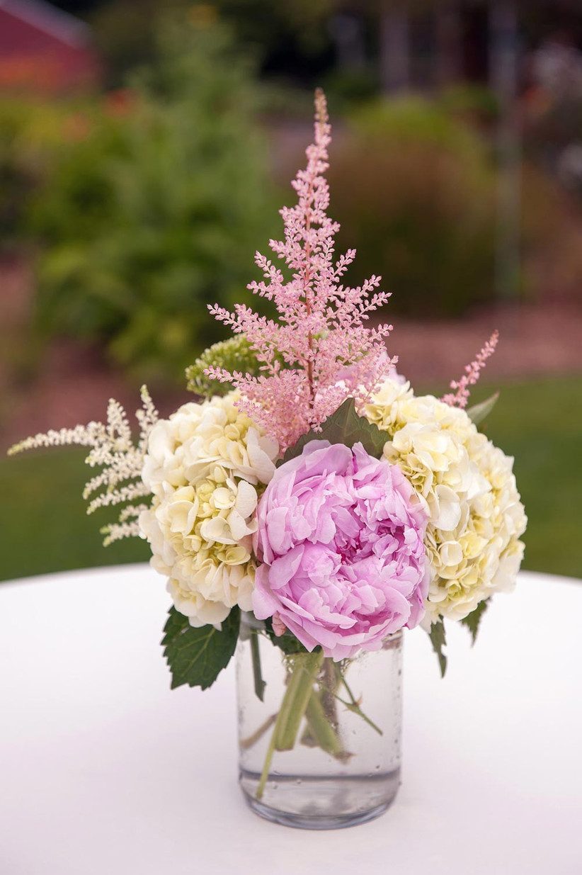 wedding-centrepiece-with-astilbe