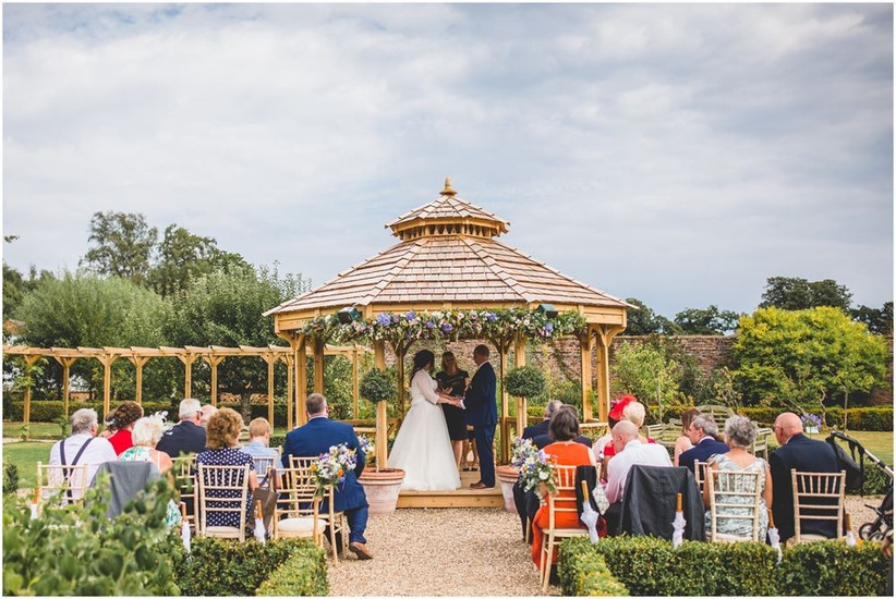 secert garden - best pub wedding venues