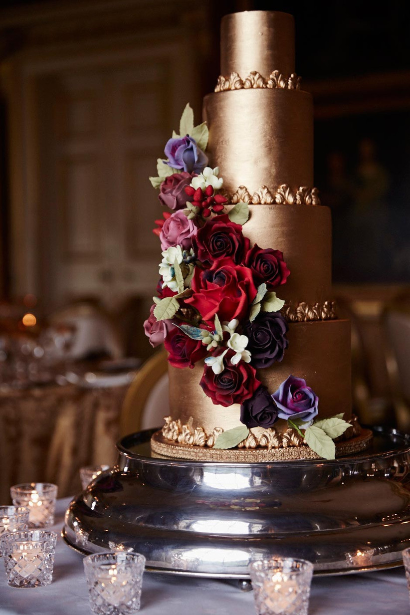 gold-and-floral-wedding-cake