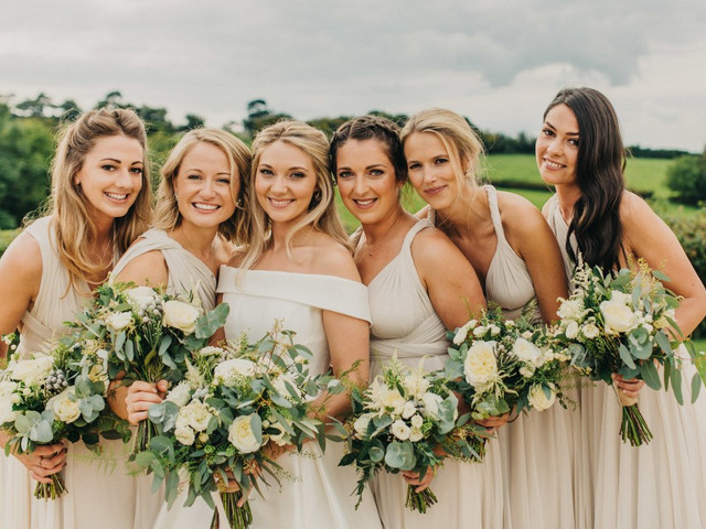 Bridesmaid Photo Ideas Your Girls Will Love