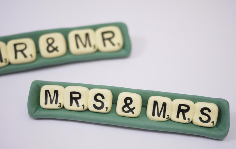 scrabble-style-wedding-cake-toppers