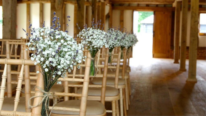 lavender-and-gypsophila-chair-decorations