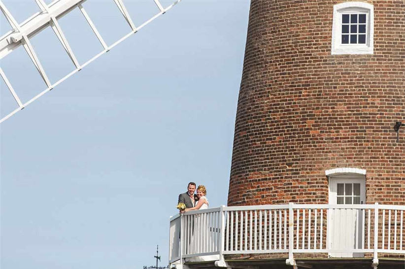 unusual-wedding-venues-cley-windmill
