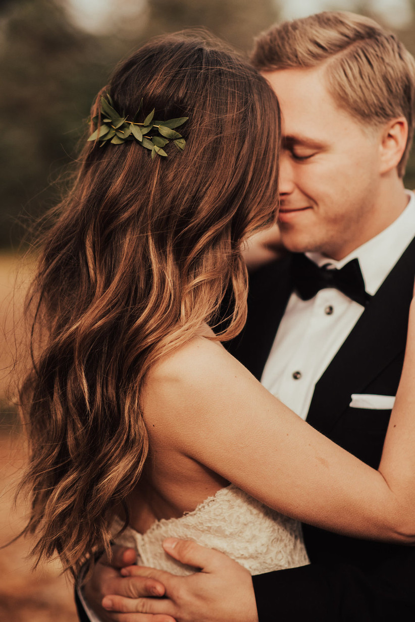 Best wedding hairstyles for long hair 15