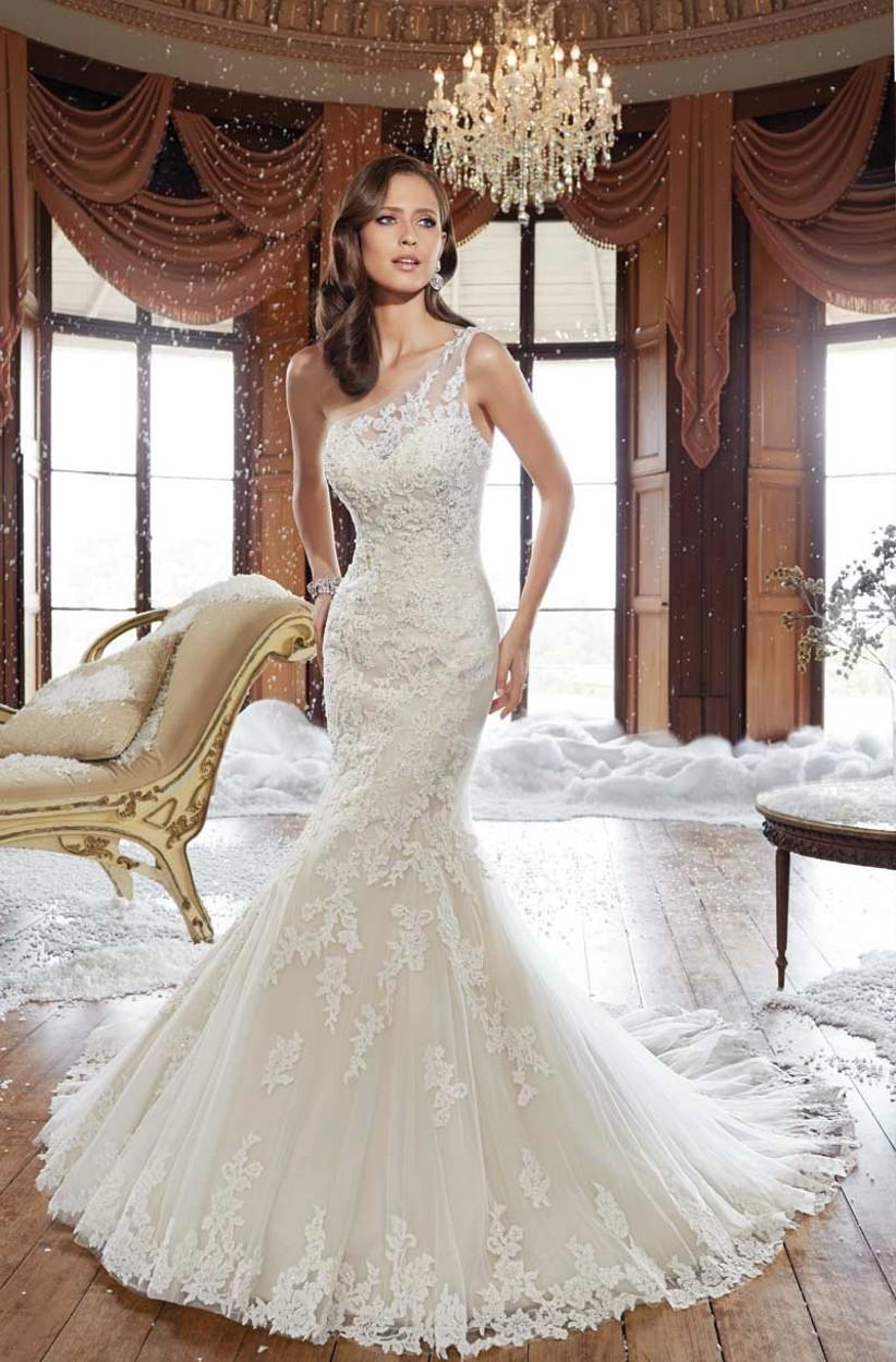 one-shoulder-mermaid-wedding-dress