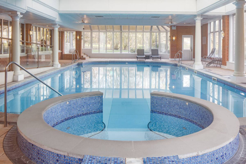 Swimming pool with a jacuzzi