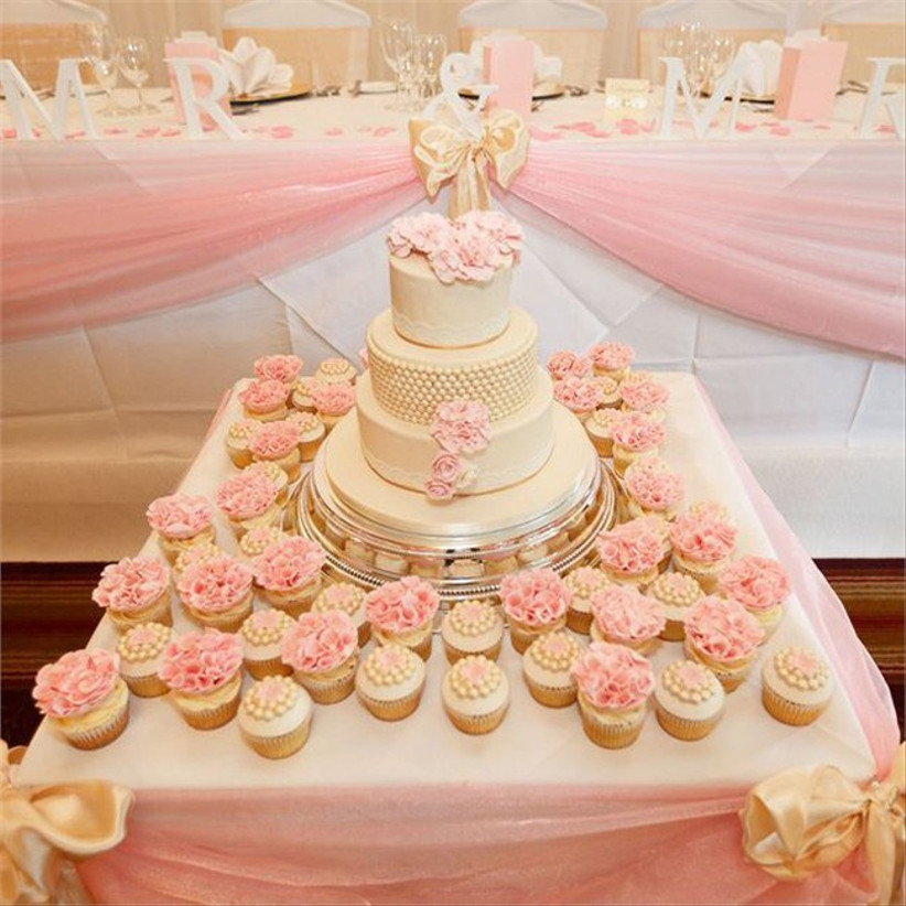 pink-and-gold-wedding-cakes