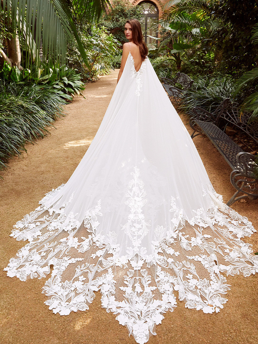 Enzoani's Pearl wedding dress with long train at the back