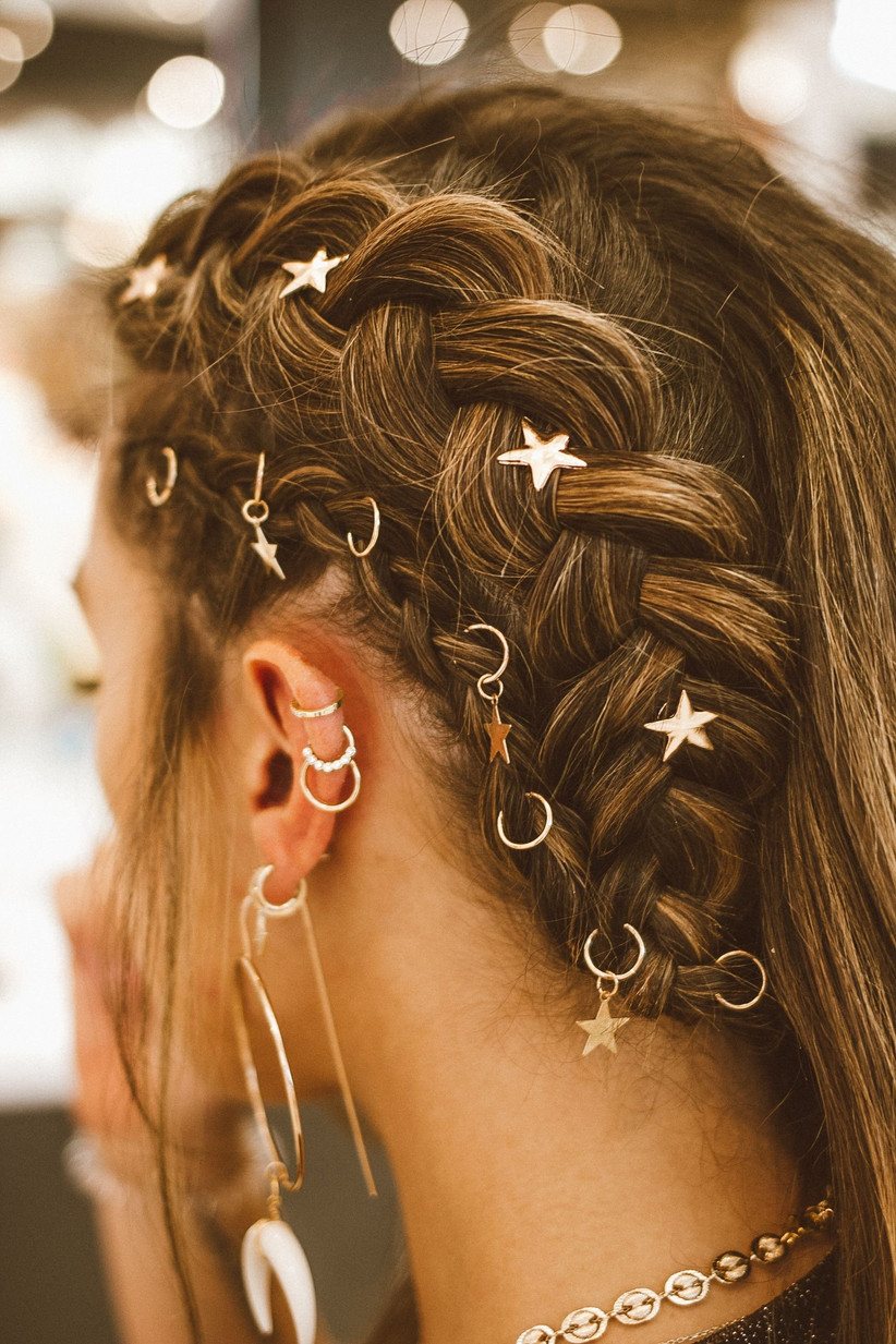 Bridesmaids hairstyles 39