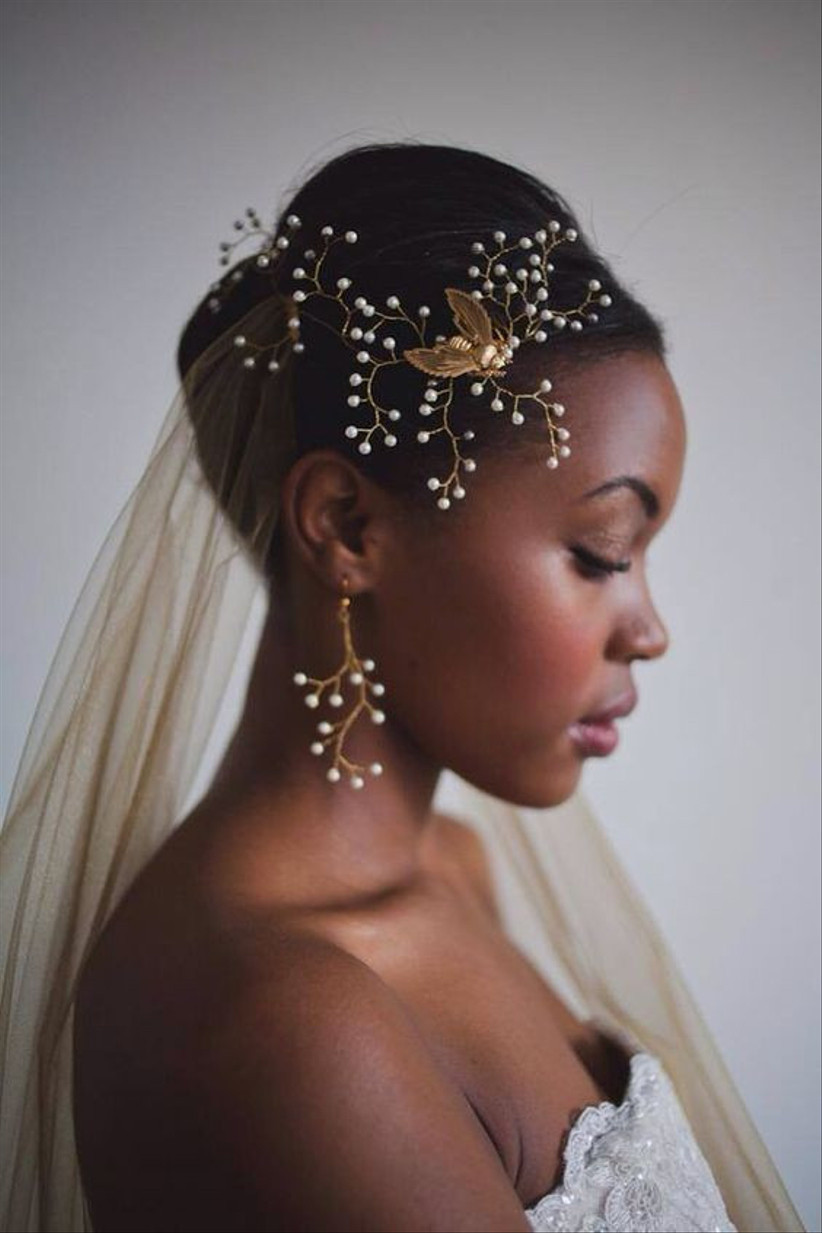 Bride with pearl hair piece