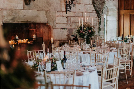 Wedding Seating Etiquette: How to Arrange Your Wedding Tables in 7 Simple Steps