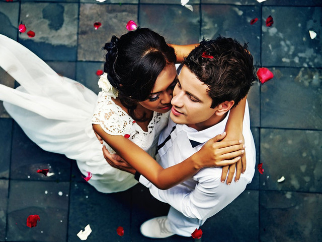 The Most Amazing First Dance Videos