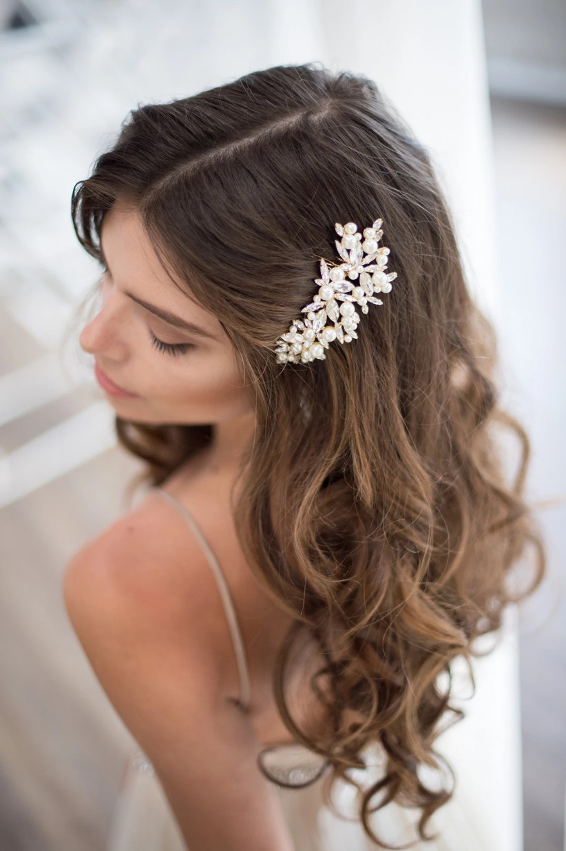 Best wedding hairstyles for long hair 19