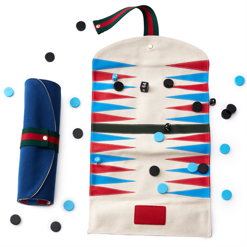Personalised backgammon roll