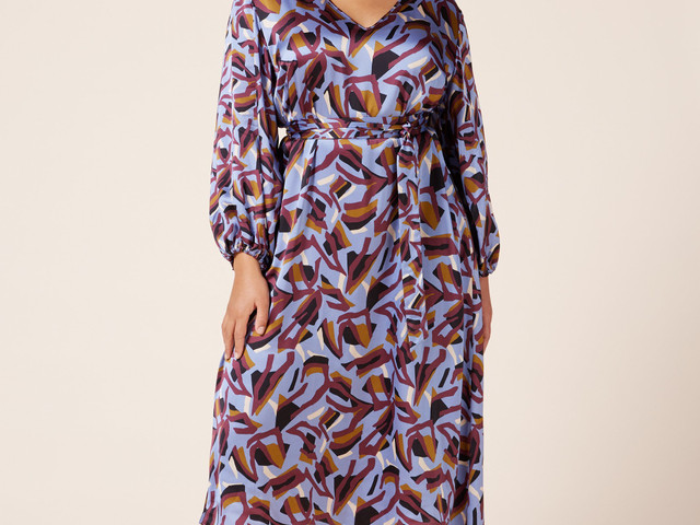 25 Perfect Plus Size Mother of the Groom Outfits and Dresses
