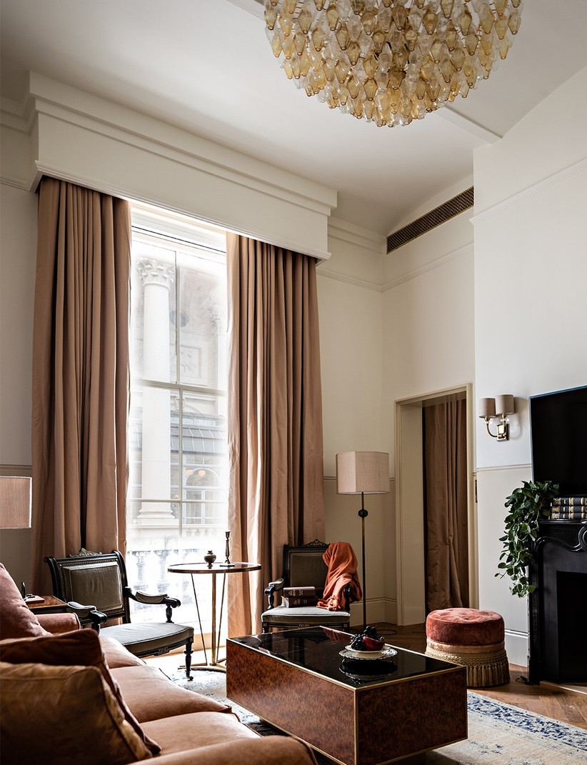 The living room in a magistrate's suite at nomad london