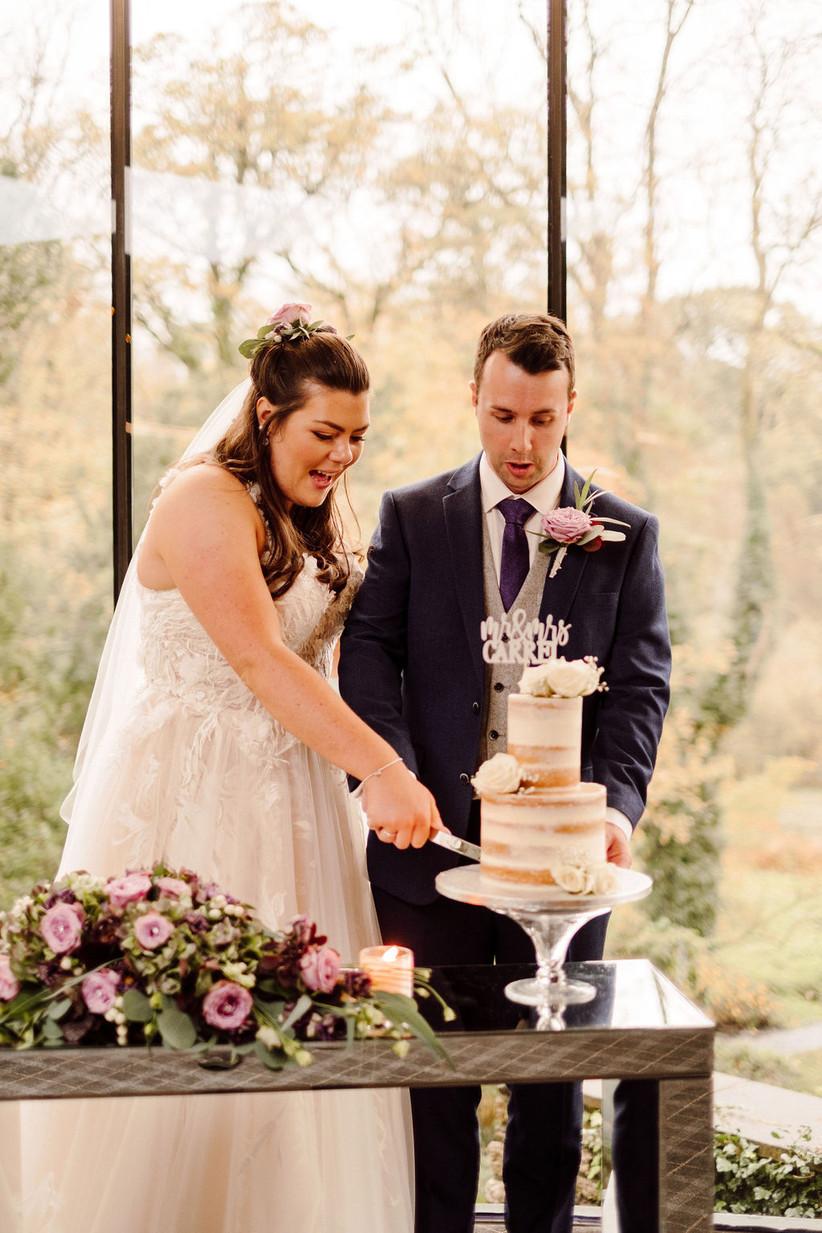 Real Covid Wedding: Melissa and Matt, Fairyhill