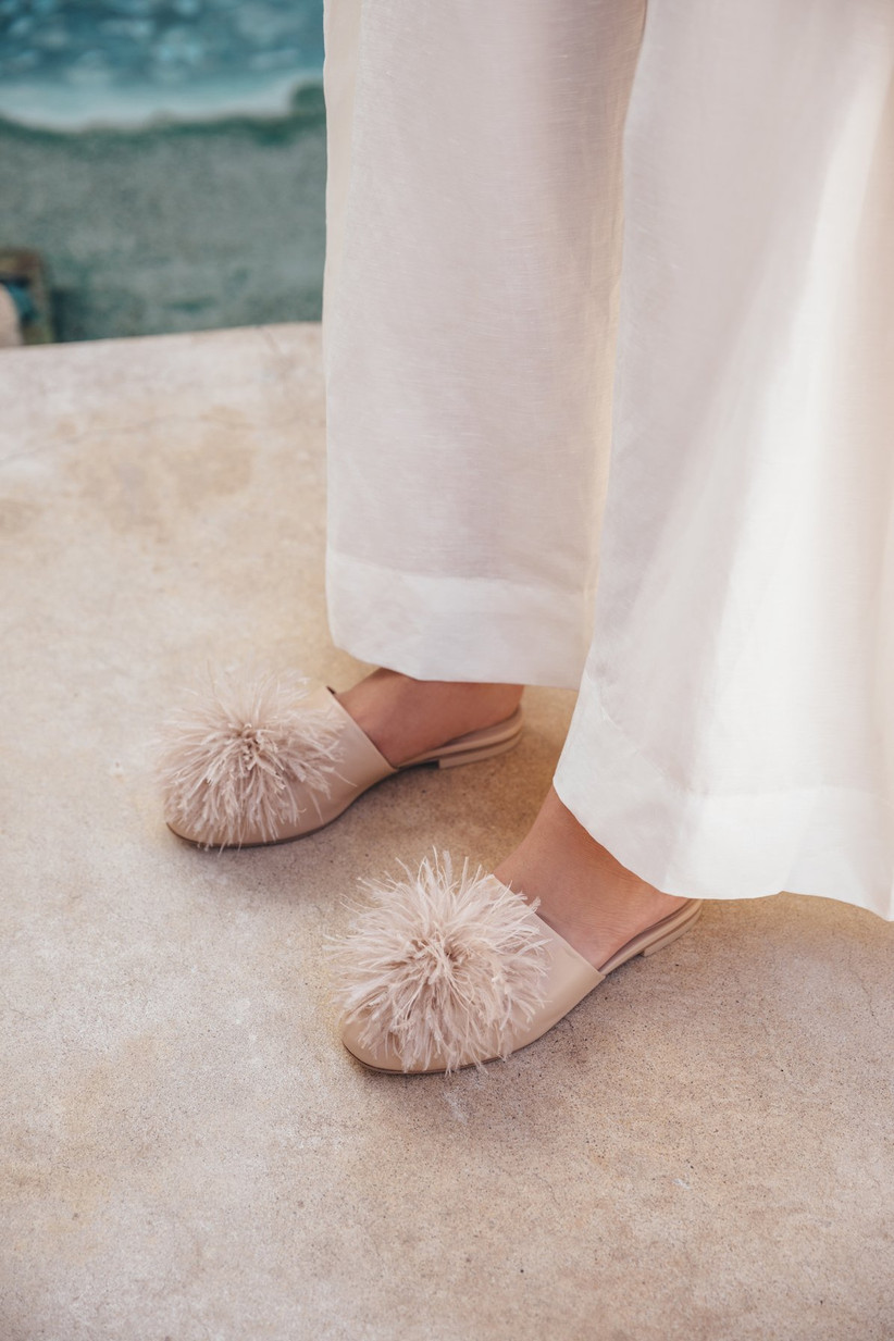 Feather puff nude flats