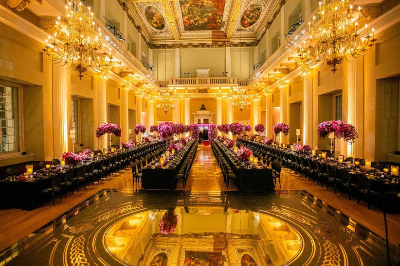 Grand large wedding dining room