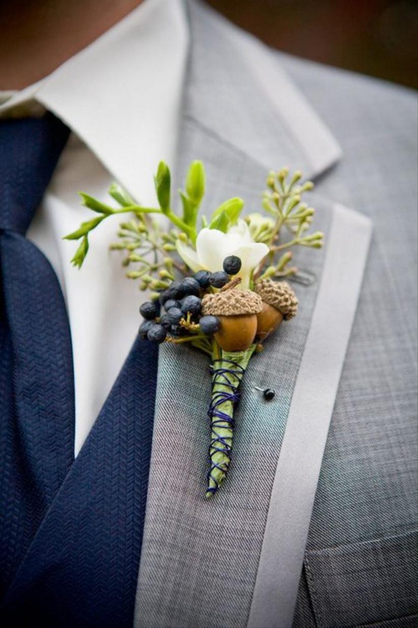 Groom wearing an acorn wedding buttonhole