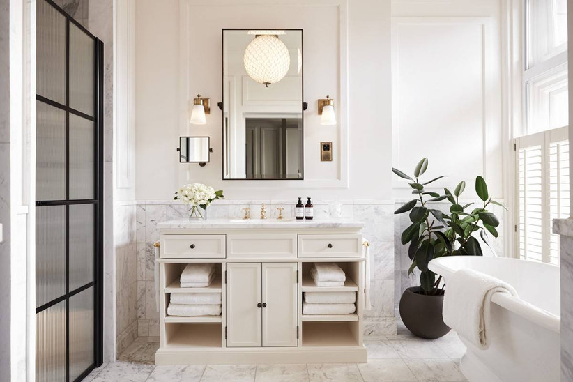 White and black chic bathroom