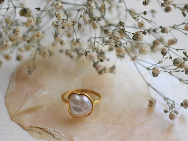 30th Wedding Anniversary Gifts: 24 Thoughtful Pearl Anniversary Ideas