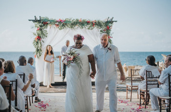 Jamaican Wedding Traditions: 9 Things to Expect at a Jamaican Wedding