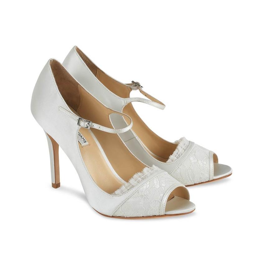 benjamin-adams-lace-vintage-inspired-wedding-shoes