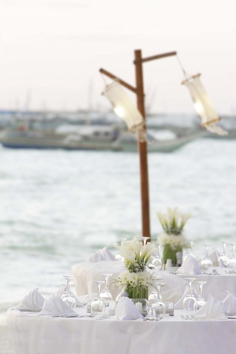 enjoy-a-wedding-breakfast-by-the-sea-if-youre-having-a-wedding-on-the-beach