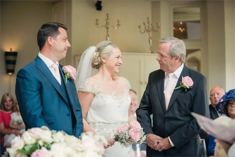 bride-her-father-and-the-groom-at-the-end-of-the-aisle-2