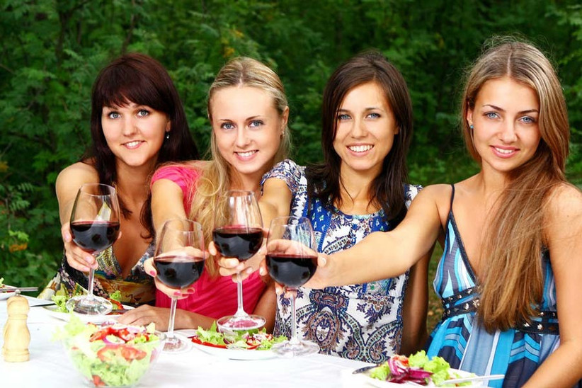 wine-tasting-hen-parties-2