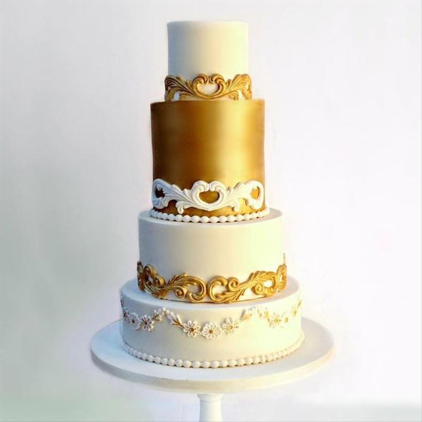 gold-wedding-cake-TN